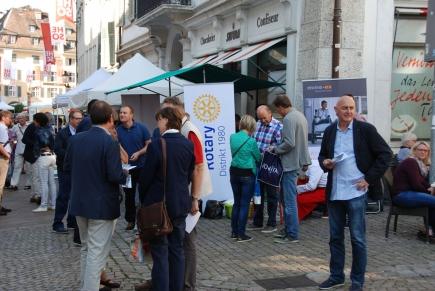 Rotary-Tag 2016, Standaktion auf dem Samstagmarkt Solothurn